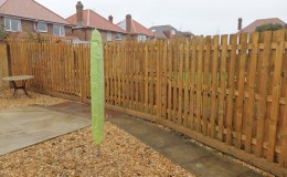 hit-and-miss-fence-build